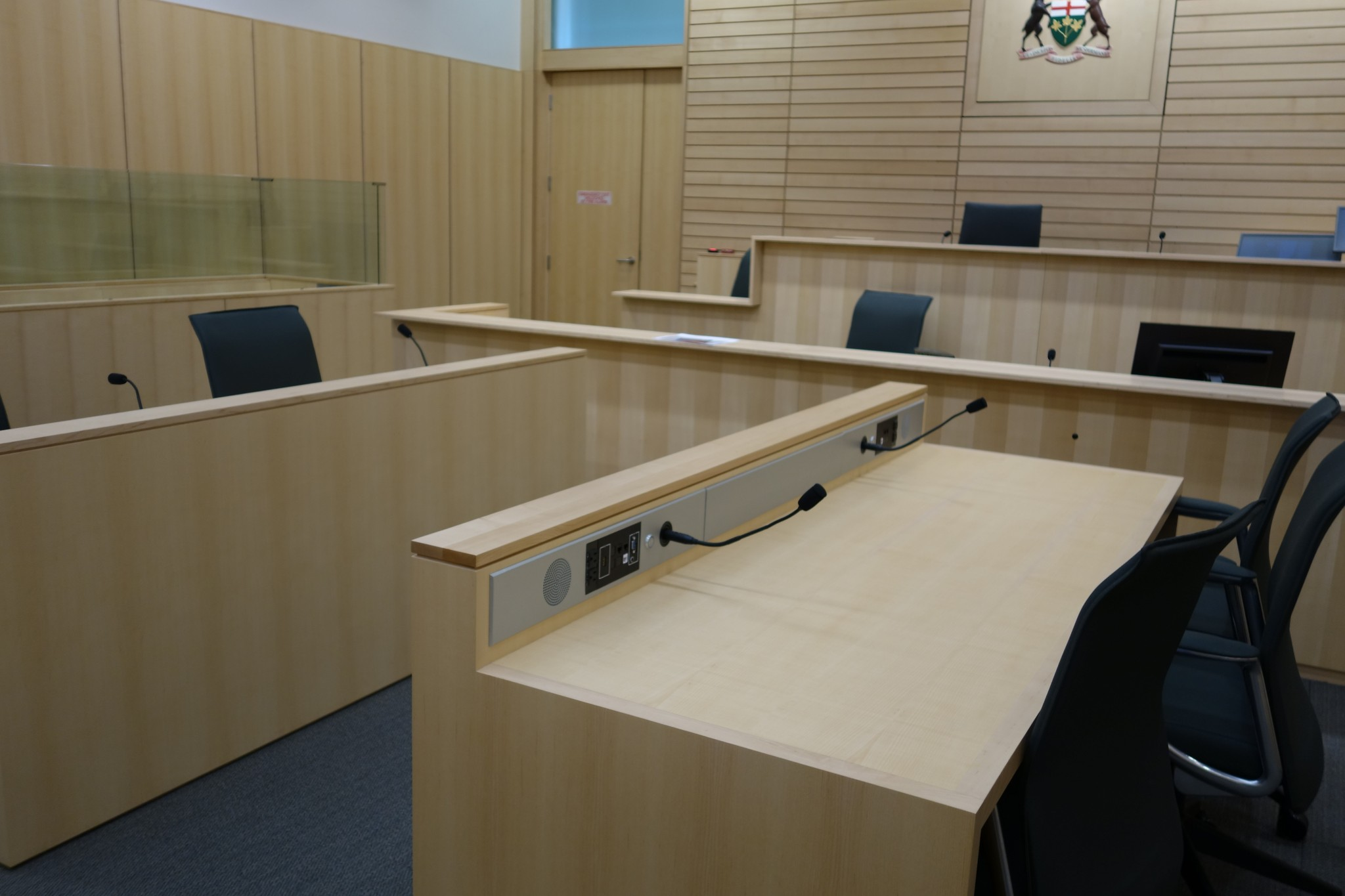 Courtroom (Quebec Style)